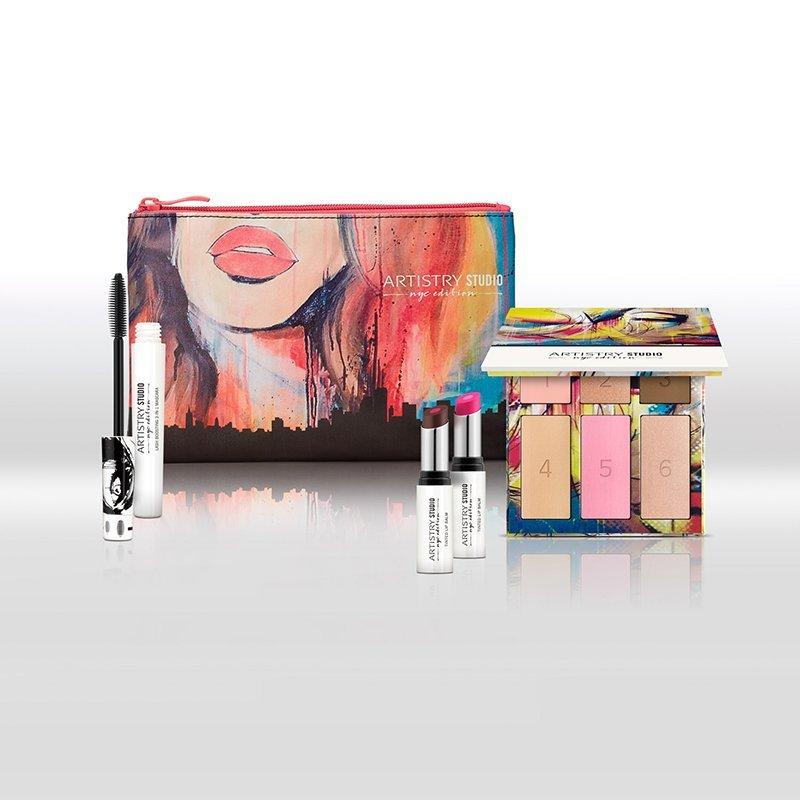 ARTISTRY™ Studio Balíček s kosmetickou taštičkou – Light