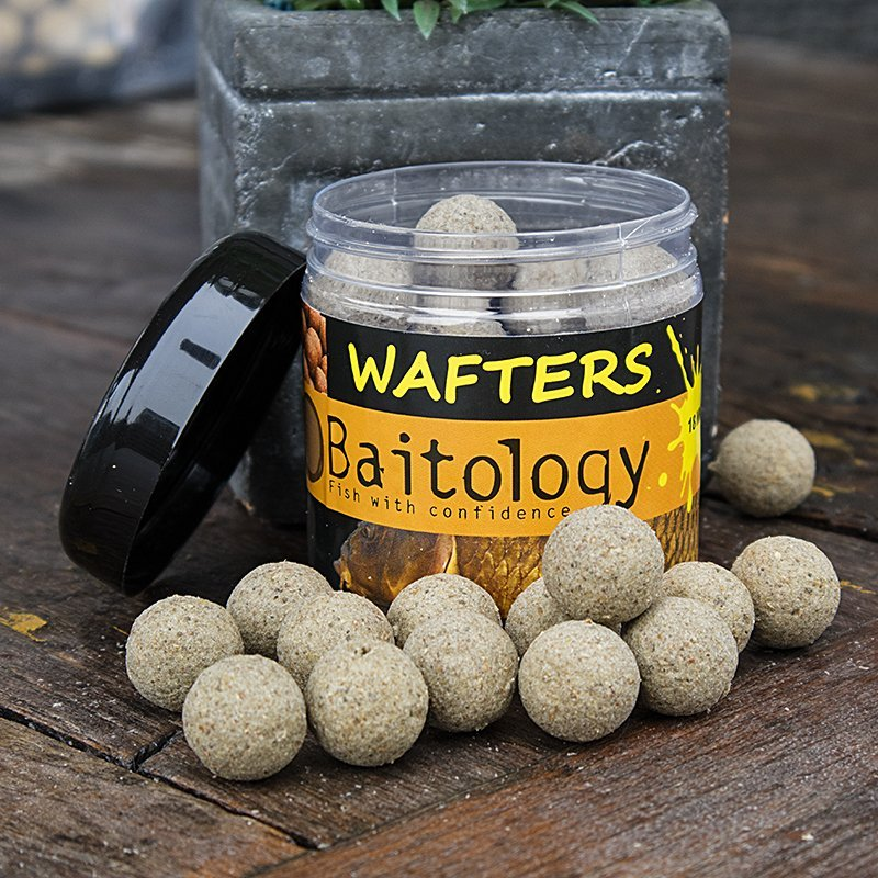 Vyvážené boilies Wafters Honey Mulberry 20mm