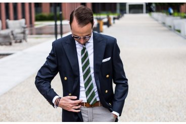Hedvábná kravata s proužky
