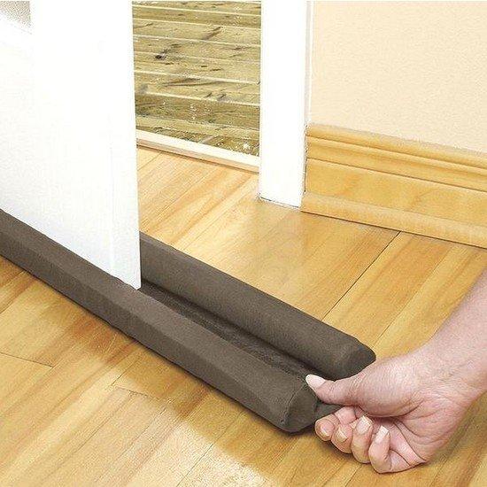 tesnenie-pod-dvere-proti-prievanu-85-x-12-cm