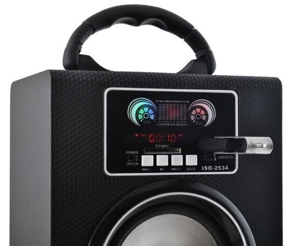 velky-prenosny-reproduktor-s-bluetooth-a-radiom