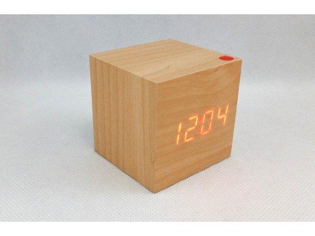 drevene-lcd-hodiny-s-datumom-budikom-a-teplotou