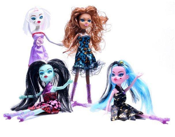monsters-priserky-ghost-girl