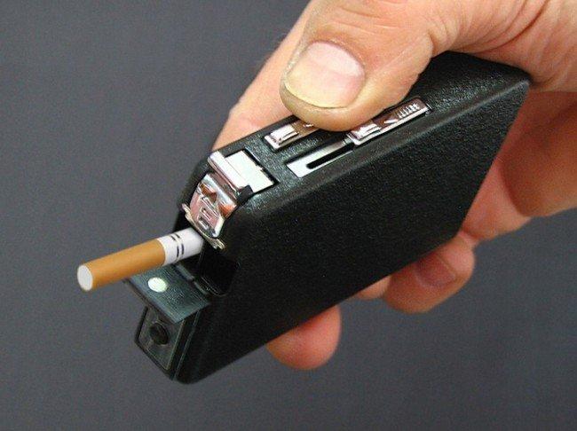 automaticke-puzdro-na-cigarety-so-zapalovacom