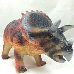 Prehistorické zvieratko Triceratops 49 cm