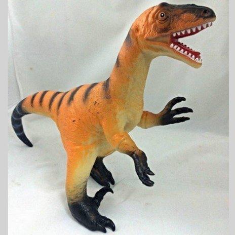 prehistoricke-zvieratko-allosaurus-55-cm