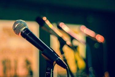 Přednášky a setkání
