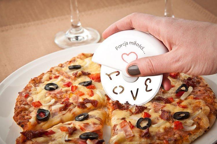 Zamilovaný kráječ na pizzu