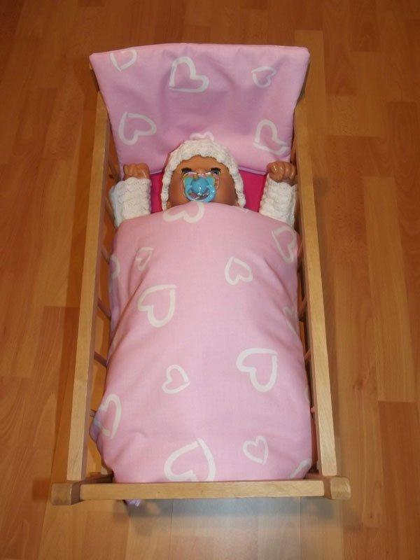 Peřinky do postýlky pro panenky Srdíčka velká růžová