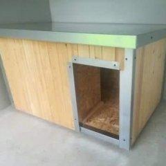 Polystyrenem zateplená bouda pro psa 125 x 80 x 70 cm s lazurou