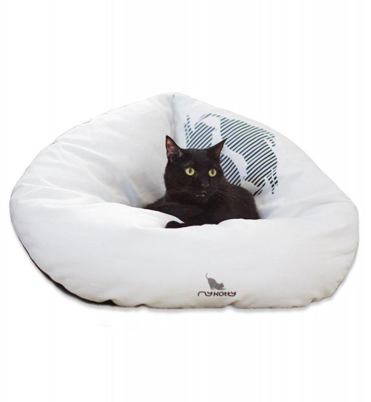 Černobílý pelíšek pro kočku
