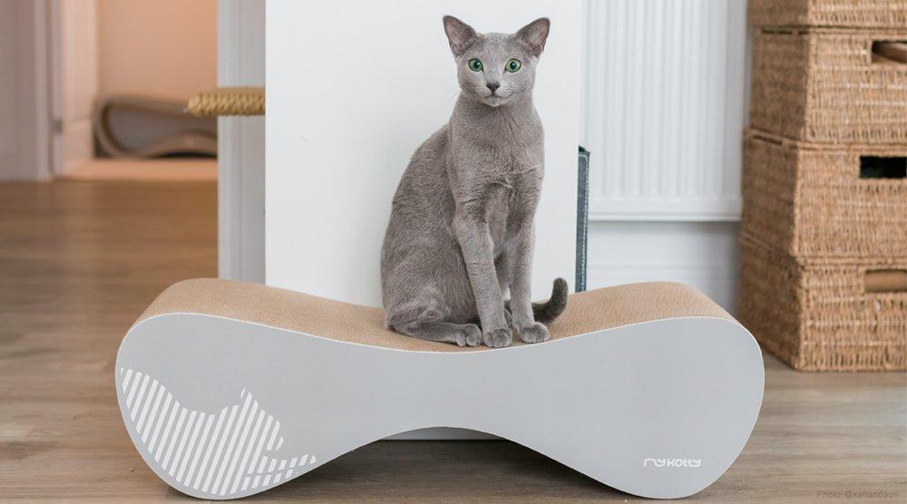 Designové kočičí škrabadlo