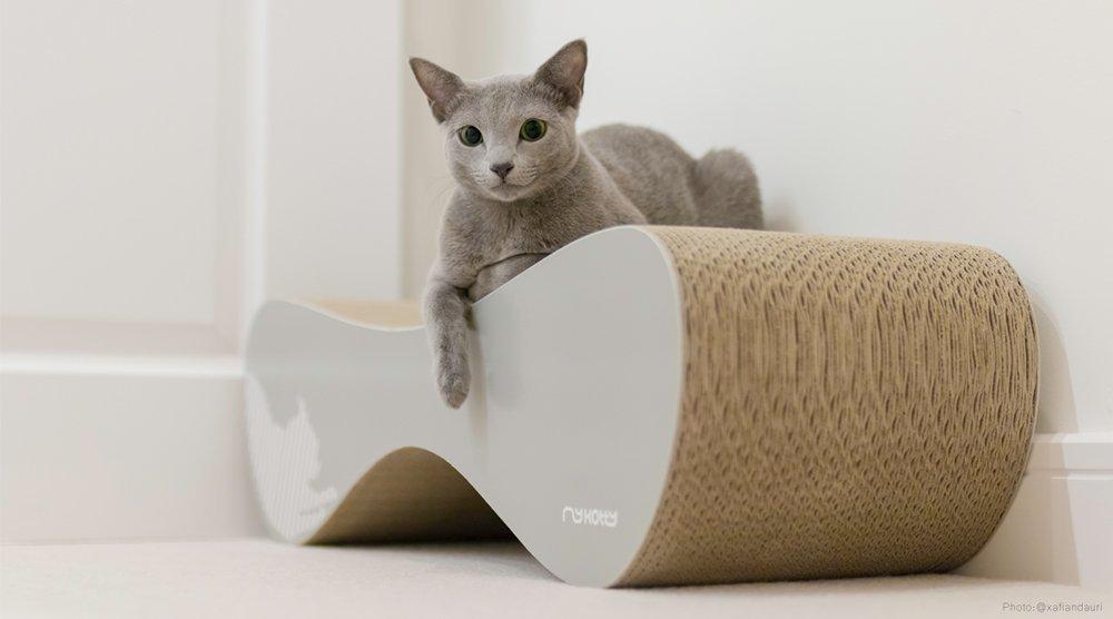 Kartonové škrabadlo pro kočku