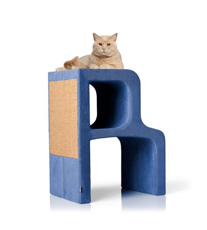 Pelíšek a škrabadlo Alphabet: moderní designový nábytek pro kočku