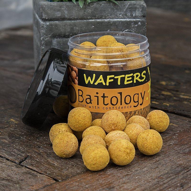 Vyvážené boilies Wafters Spicy Tigernut 20mm