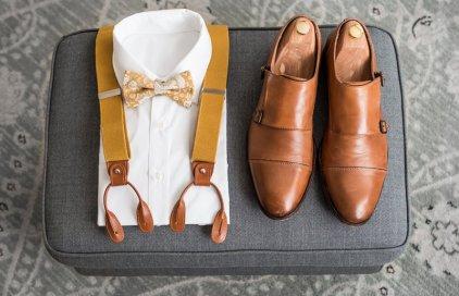 Kšandy s motýlkem nebo kravatou