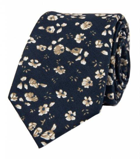 Tmavomodrá kravata s hnědými kytičkami