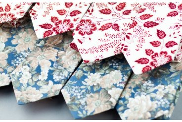 Nové kvetinové kolekcie dámskych aj pánskych kravát a motýlikov.