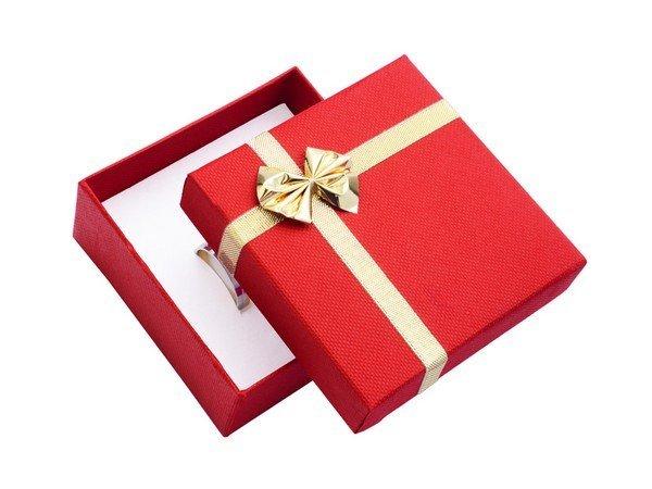 papierova-darcekova-krabicka-cervena-80-x-80-mm