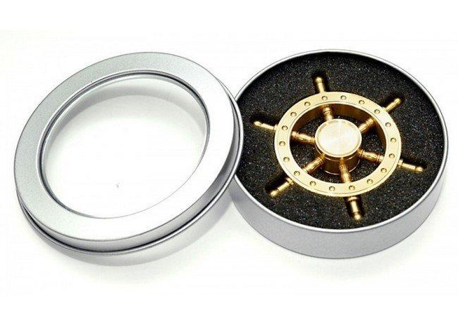 fidget-spinner-boat-rudder
