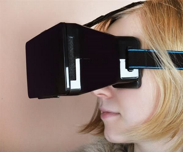 virtualni-bryle-3d-pro-smartphone-s-bluetooth-ovladacem