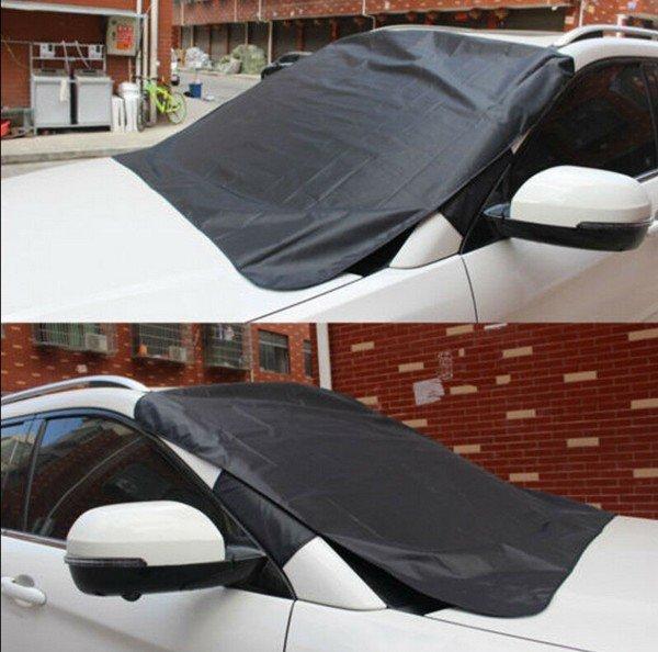Jegesedésgátló és fényvédő sötétítő a gépkocsi szélvédőjére