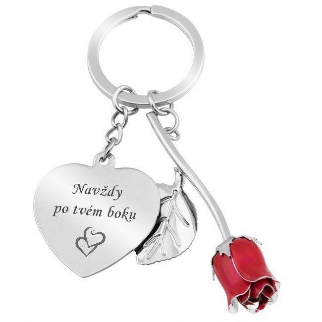 Kulcstartó szívvel és rózsával