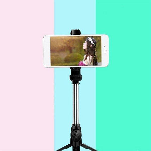 selfie-tyc-s-dialkovym-ovladacom-a-stativom