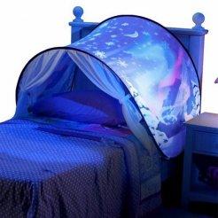 Gyerek sátor az ágy fölé