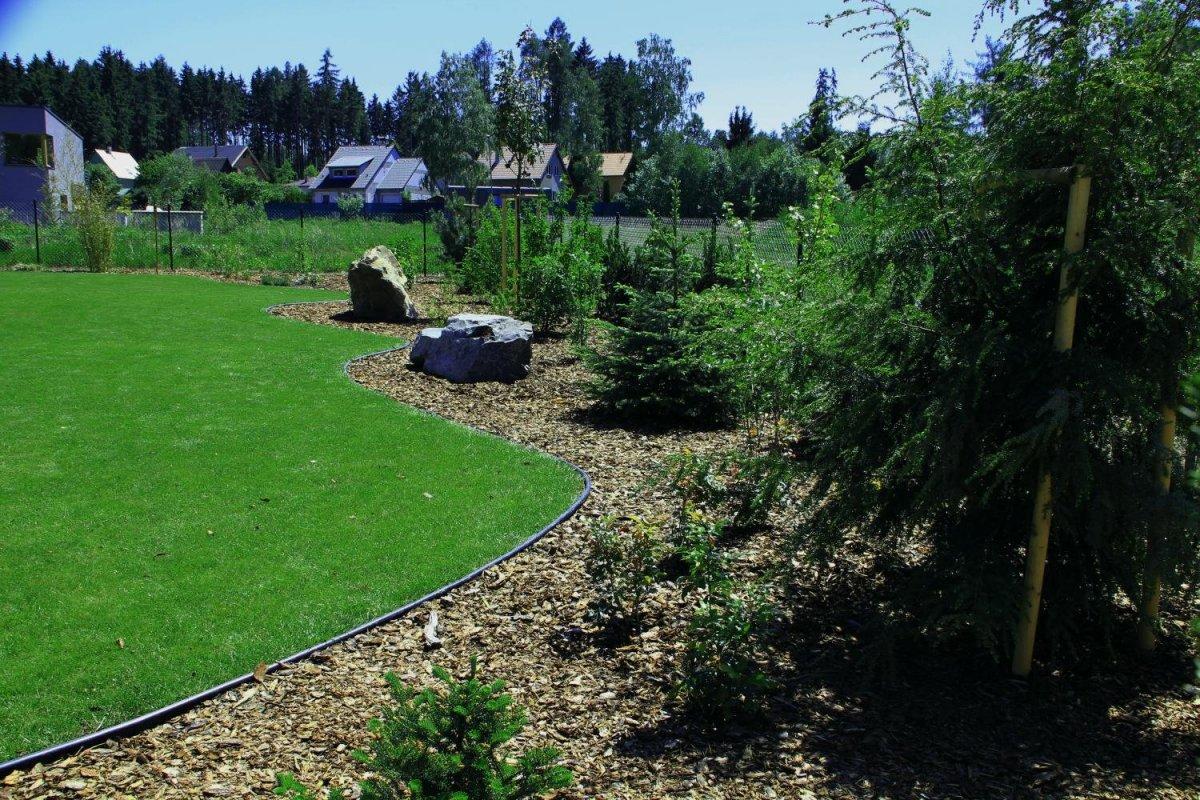 Záhradný obrubník plastový GARDEN JUNIOR 6 m zelený