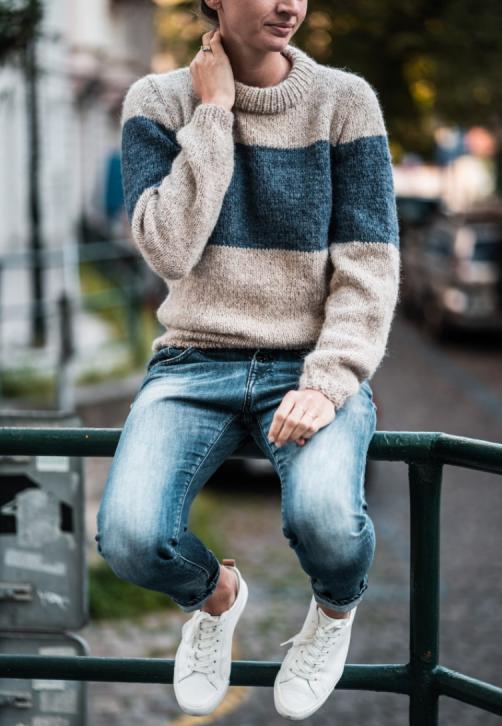 Ručně pletený svetr z alpaky a hedvábí