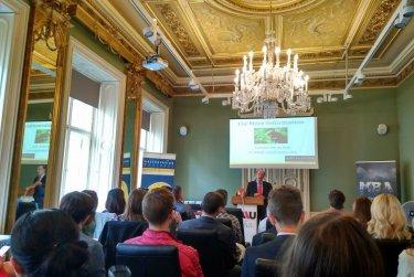 Setkání s novozélandským ambasadorem v Praze
