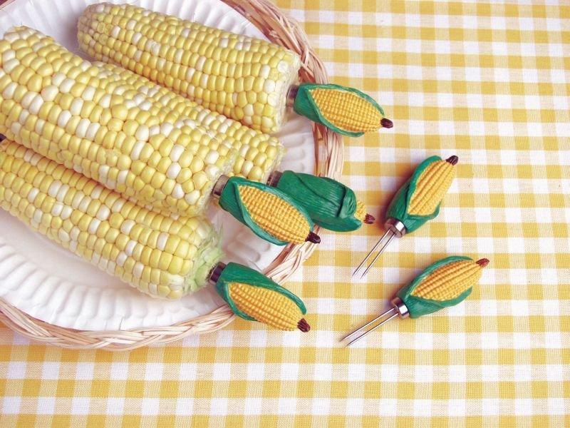 Držáky na grilování kukuřice