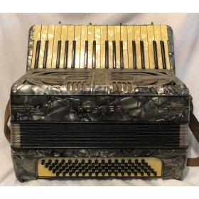 Hohner Tango II. klávesová harmonika 80 basů