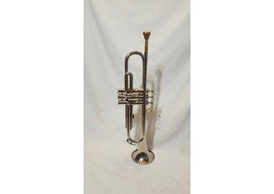 Bb trumpeta