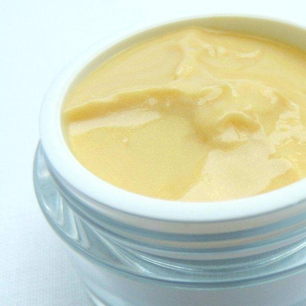 Přírodní oční krém anti-aging se zlatými částicemi 25 ml