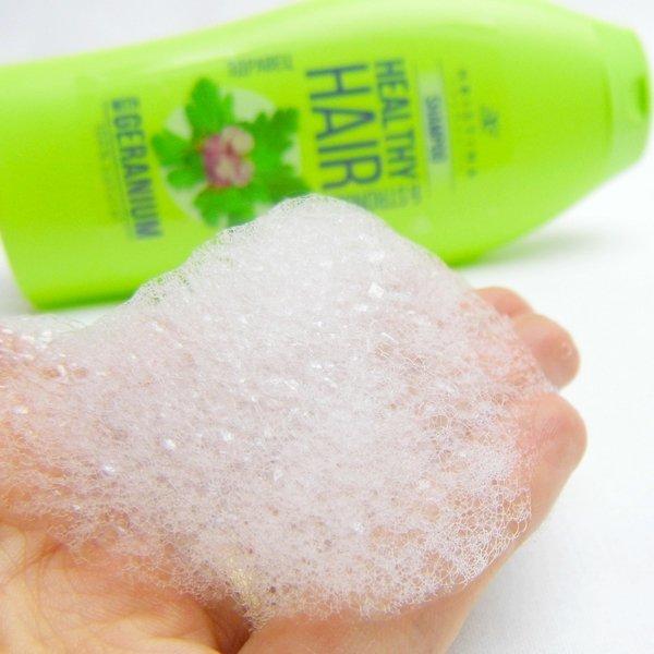 Natürliches Shampoo Pelargonie für gesundes und kräftiges Haar 200 ml
