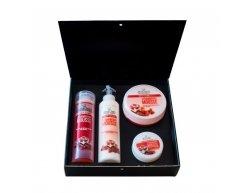 Zestaw naturalnych kosmetyków o zapachu truskawki 850 ml