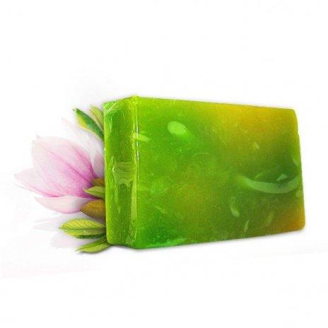 Naturalne ręcznie robione mydło z ekstraktem z magnolii 100 g