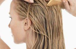 Fettige Haare und trockene Spitzen – der Alptraum jeder Frau