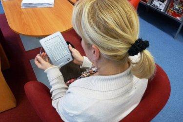 Půjčujeme e-čtečky