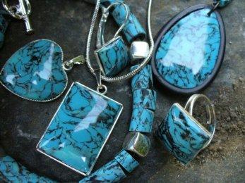 Šperky z tekutého polymeru