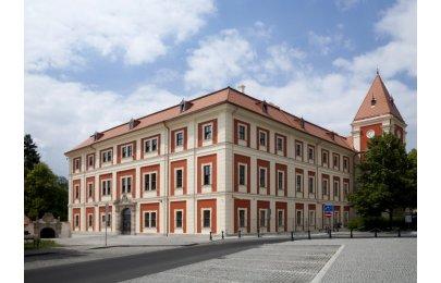 Stavby Karlovarského kraje 2015