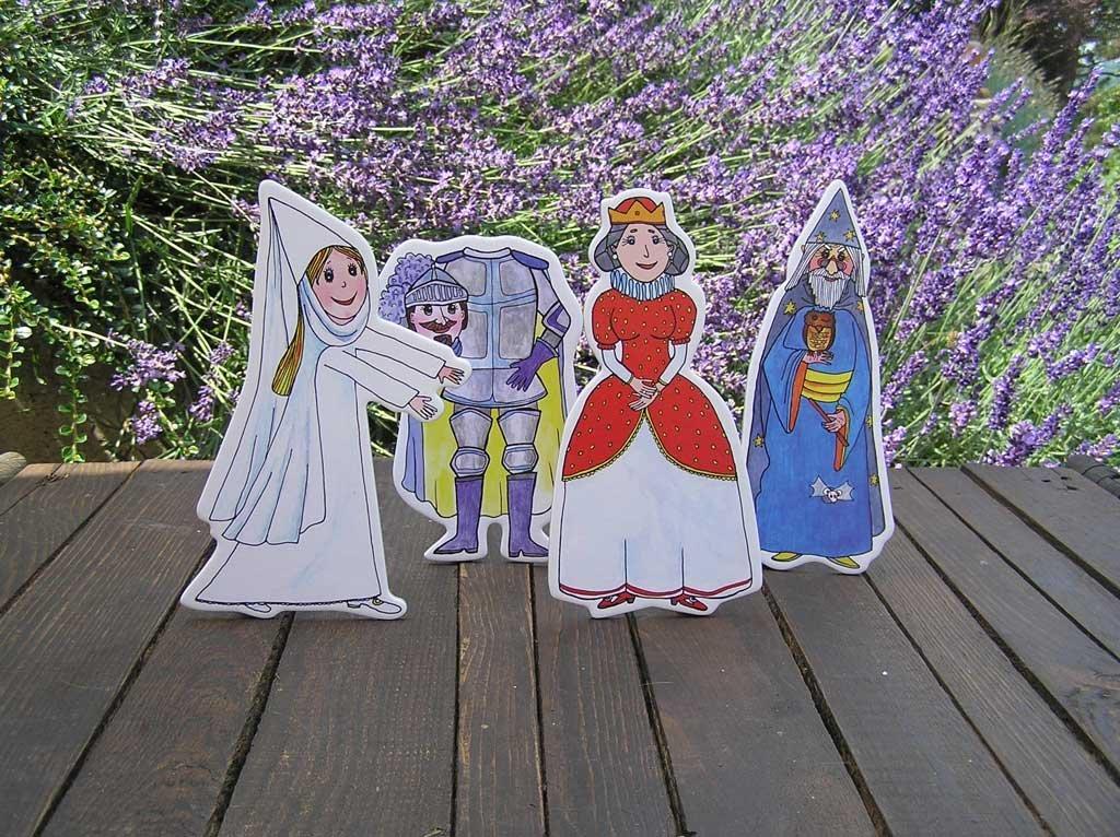 Kráľovná, čarodejník, biela pani, rytier - bábky Marionetino
