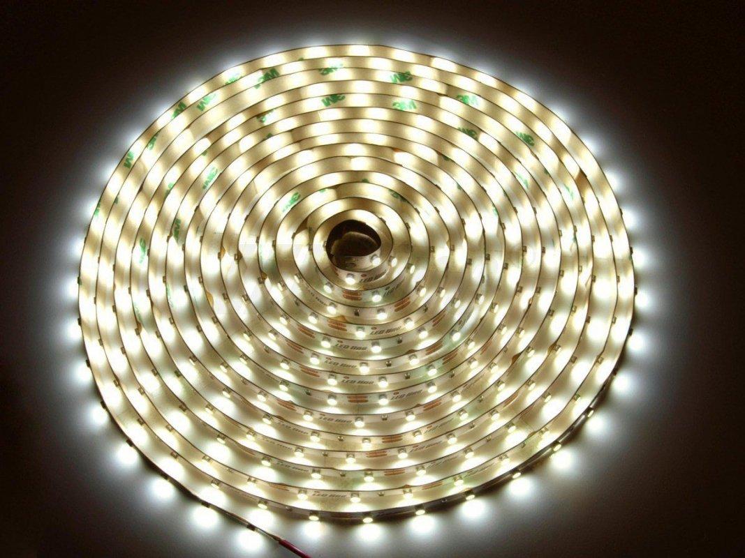 Led Line LED pásek 5 metrů 300smd3528 24W IP65 denní