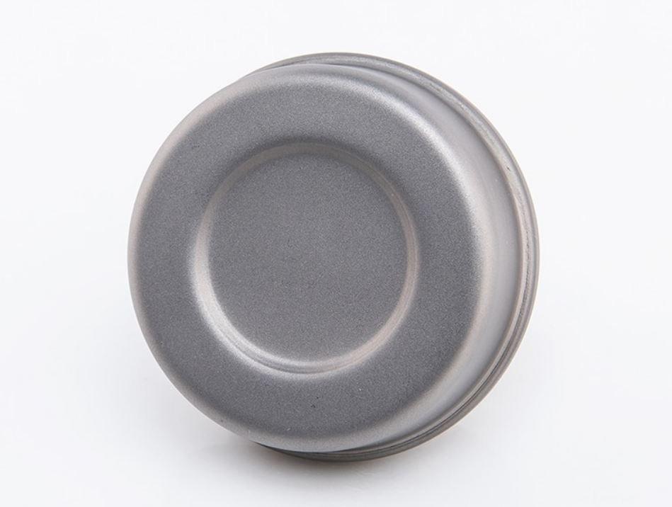 Titanový vařič na tekutý líh