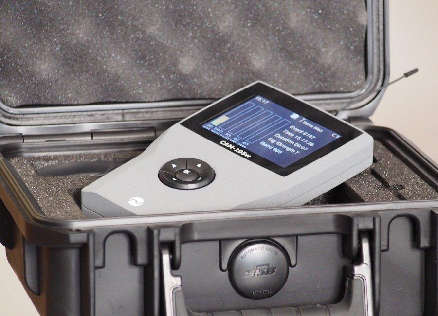 CAM-105W - detektor mobilních telefonů a odposlechů 2G / 3G / 4G / WiFi / Bluetooth