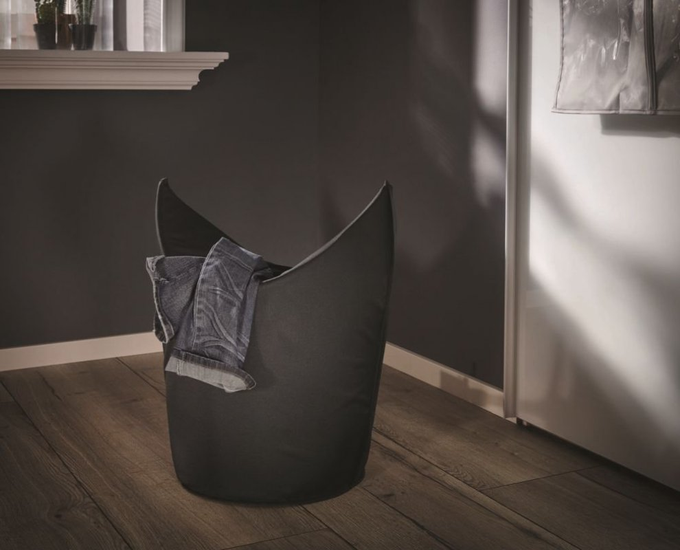 Leifheit Koš na špinavé prádlo v černé barvě 80021