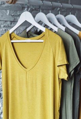 Basic tričko do V - Žlutozelené