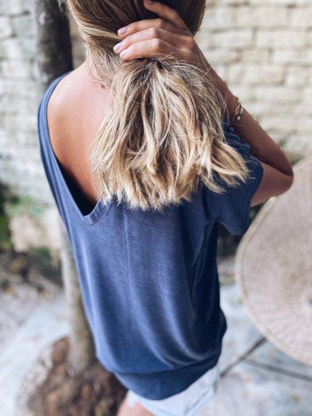 Tričko s V výstřihem na zádech - Modré